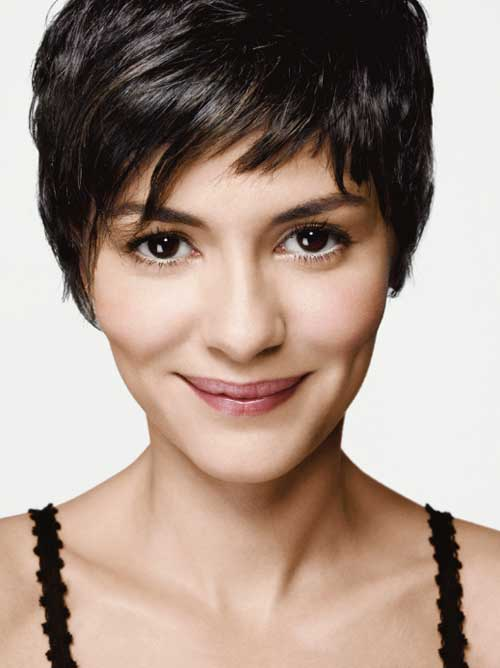 wavy form of pixie haircut is too stylish and