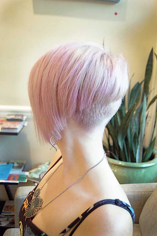 Short hairstyles with pink highlights