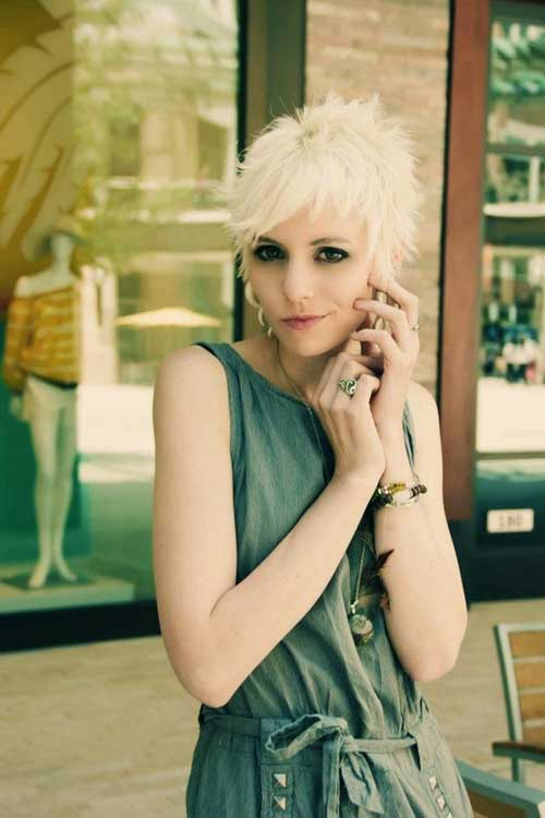 Pixie blonde hairstyles