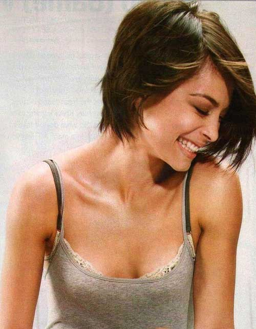 Short Straight Hair for Women-1