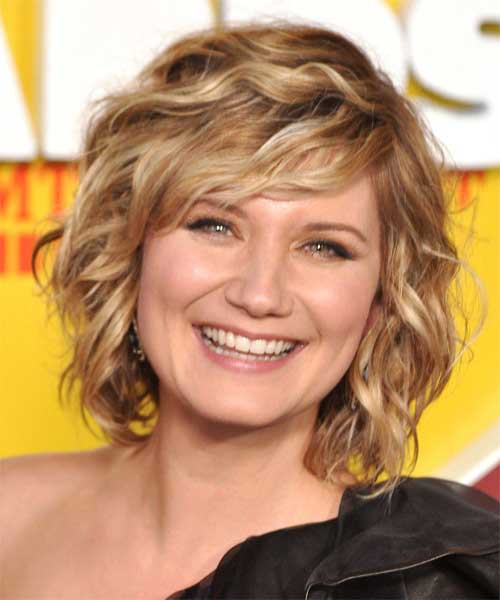 Short Wavy Hair for Women-3