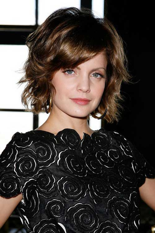 Short Wavy Hair for Women-8