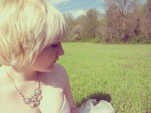Wedding hairstyles for short blonde hair