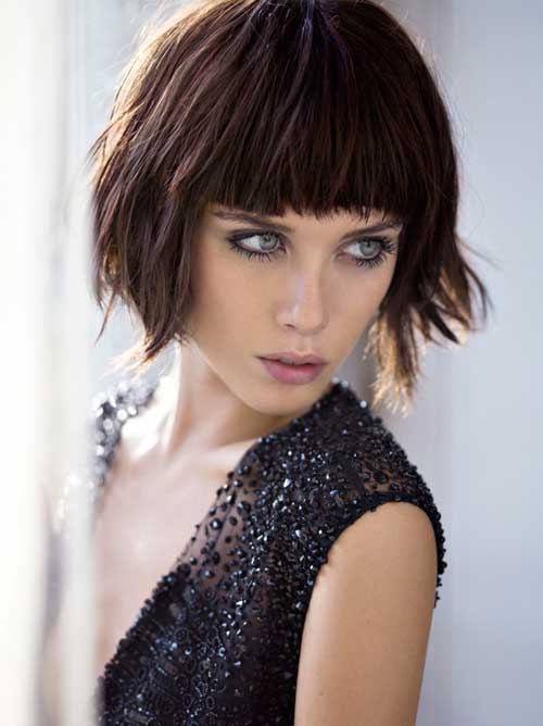 Short brown straight hairstyles