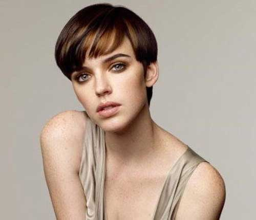 Short easy hairstyles for straight hair