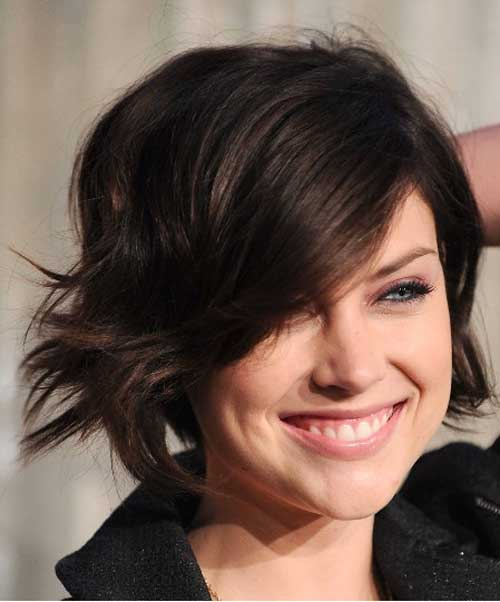 Short dark wavy hairstyles