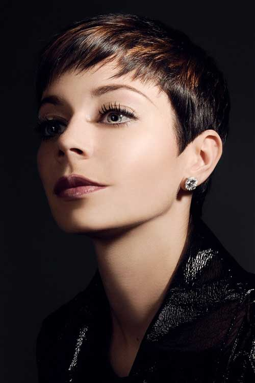 Short hair two tone color
