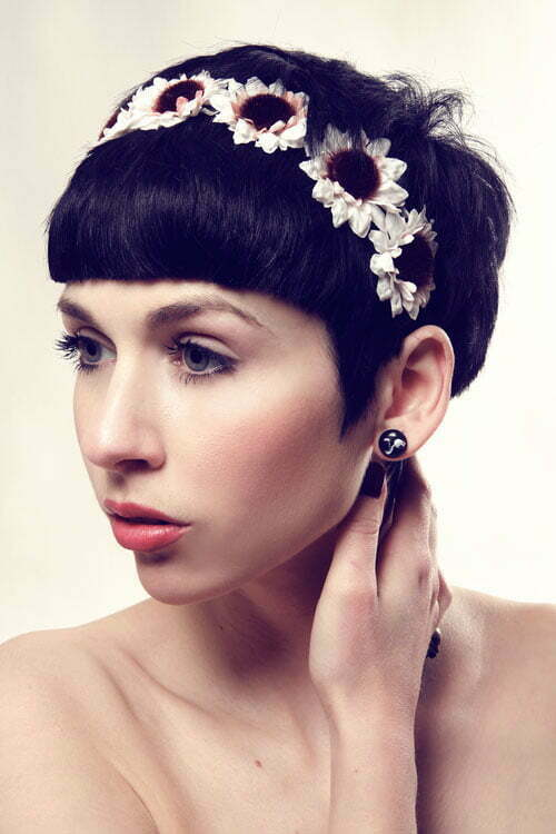 Short hair wedding styles with flowers