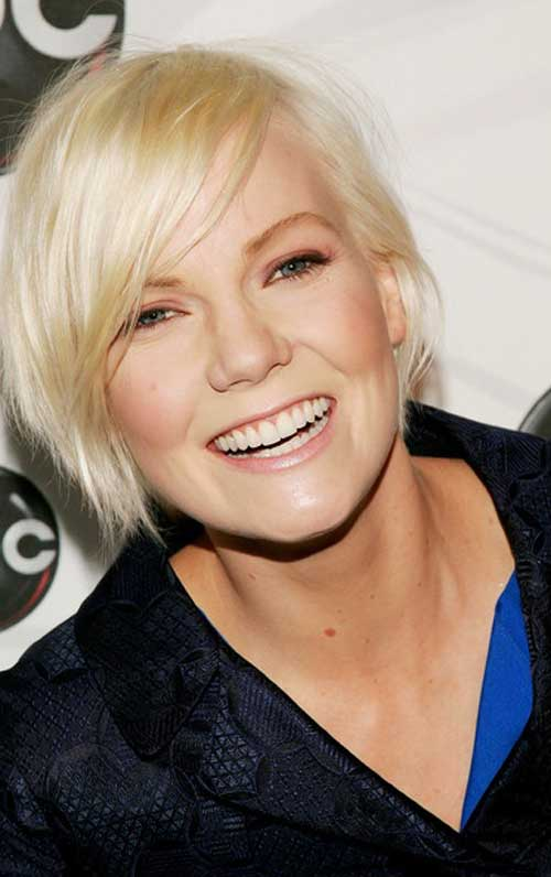 Short hairstyles for thin blonde hair