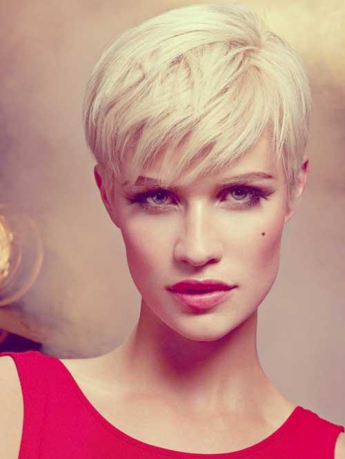 Short trendy blonde hairstyles