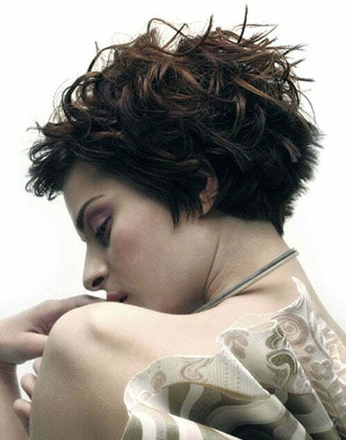 Trendy short layered haircuts