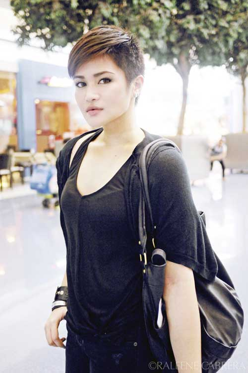 Trendy very short hairstyle for women