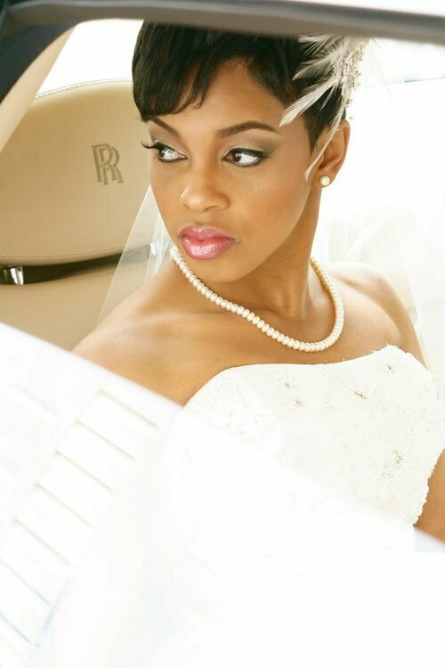 Short bridal hairstyles for black women