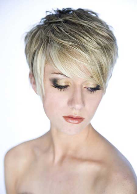 Cute short layered haircut