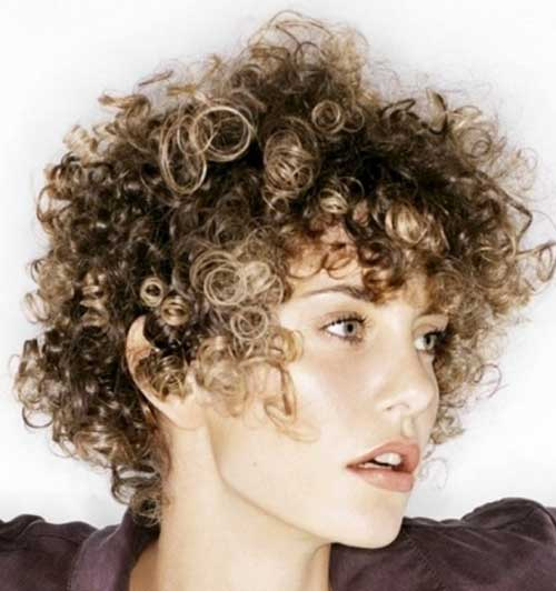 Hairstyles for Short Curly Hair-1