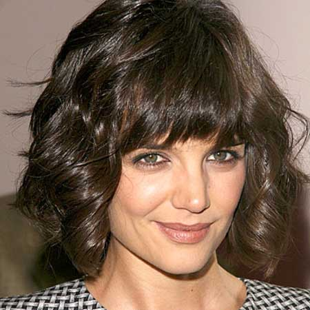 Celebrity short hairstyles for wavy hair