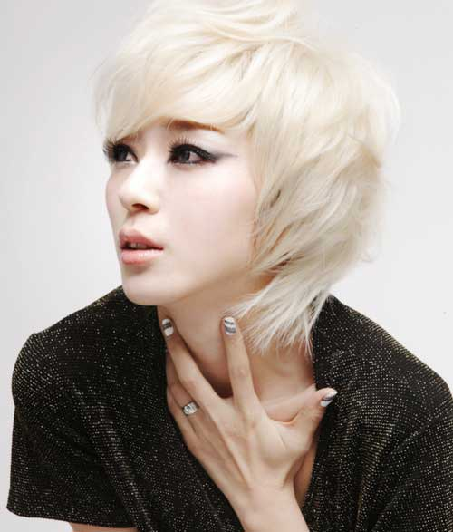 Blonde short cut for Asians