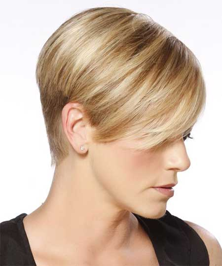 Short blonde hair highlights