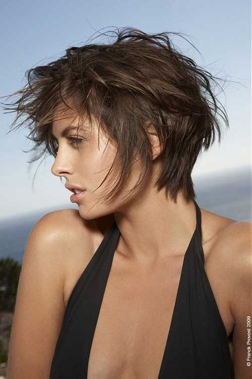 Short layered messy haircuts for women