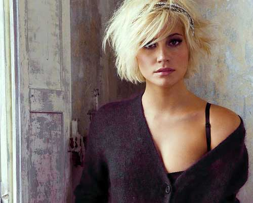 Short messy blonde hairstyles
