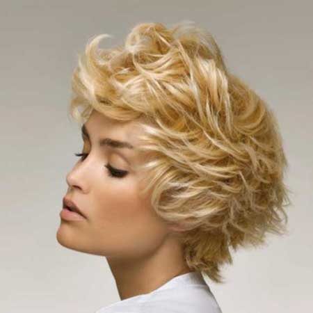 2013 Short Blonde Haircuts-5