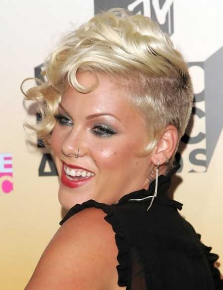 Miraculous Short Hair Curled To One Side Short Hair Fashions Short Hairstyles For Black Women Fulllsitofus