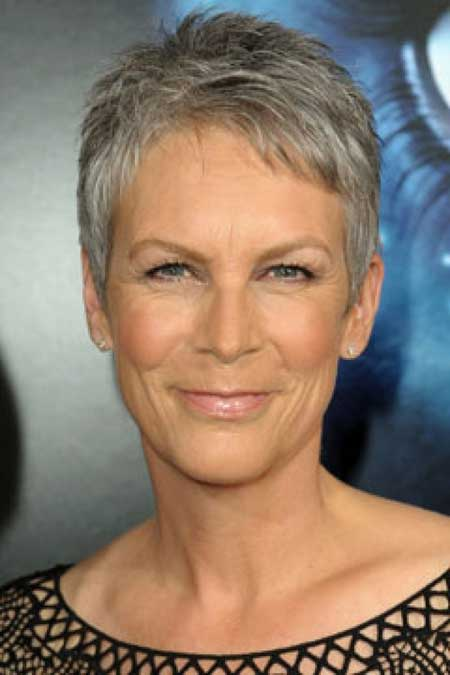 Best Short Haircuts For Older Women 8