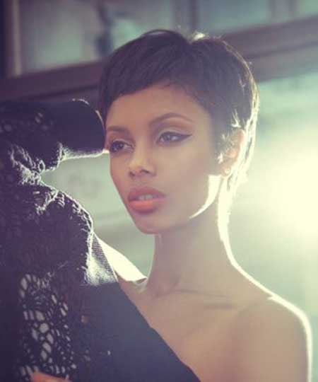 Best Short Hairstyles for Black Women-3