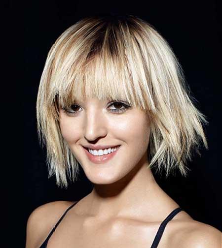 Best Short Straight Hairstyles-3