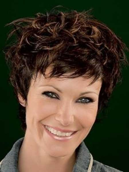 Messy Short Hairstyles for Women-1