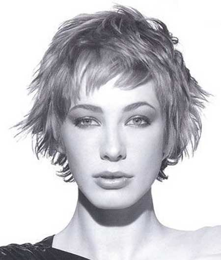 Messy Short Hairstyles for Women-6