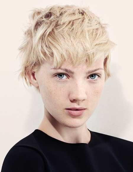 Messy Short Hairstyles for Women-7