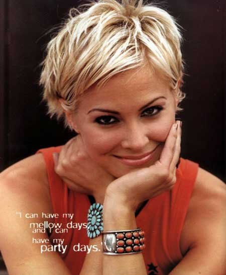 Pictures of Celebrity Short Hairstyles-Brittany Daniel