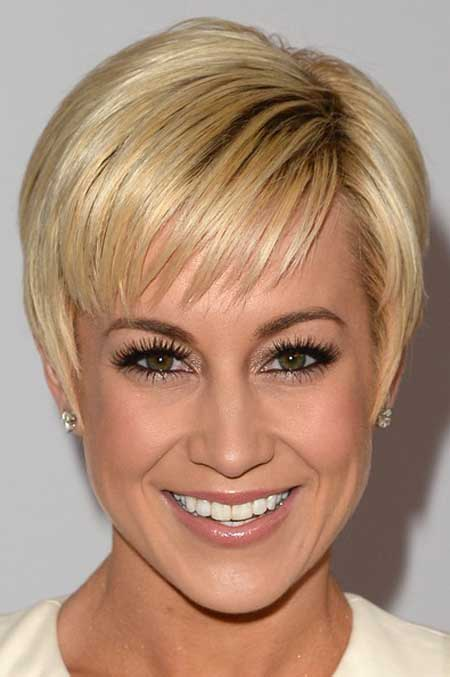 Pictures of Celebrity Short Hairstyles-Kellie Pickler