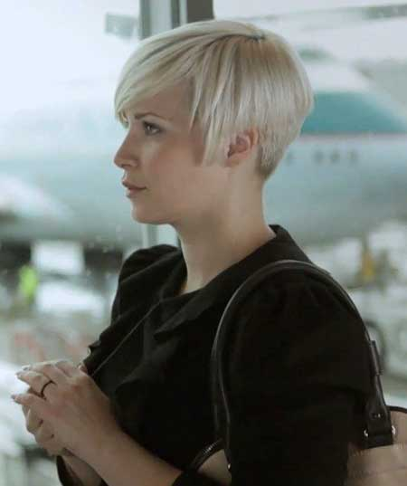 Short Straight Hairstyles 2013-7