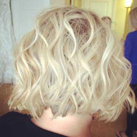 Short Wavy Haircuts 2013-1