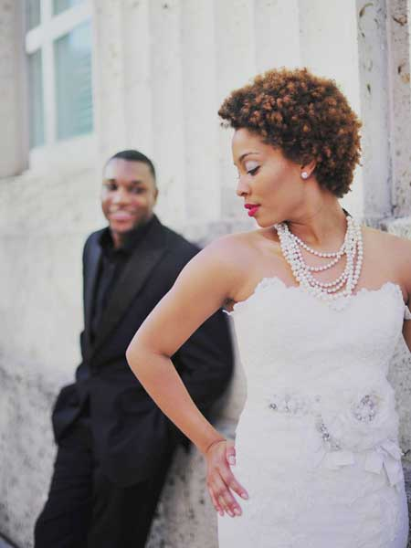 Short bridal hairstyle for black women