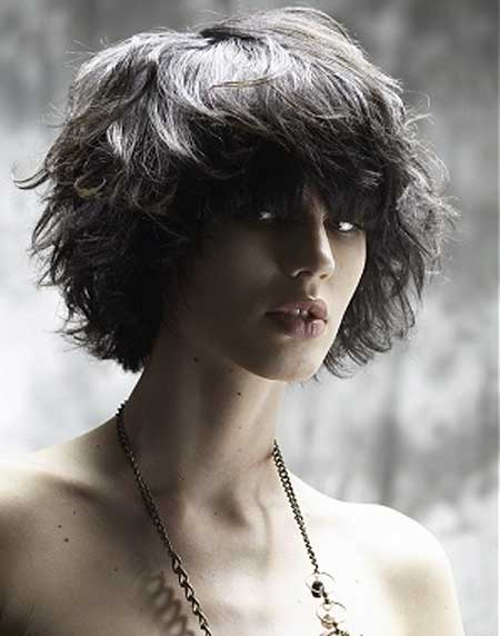Short messy hairstyle for thick hair