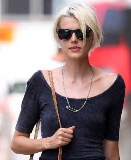 Trendy Short Haircuts for Women-10