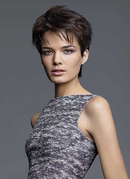 trendy short haircut for women trendy haircuts for hairstyles 2017 6016 | Trendy Short Haircuts for Women 2