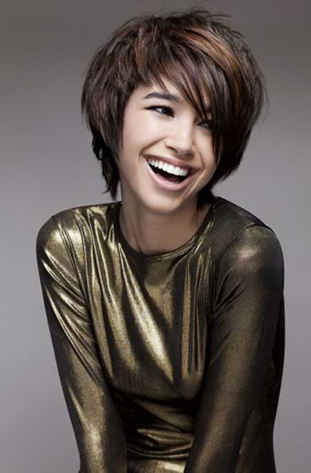 Trendy Short Haircuts for Women-3