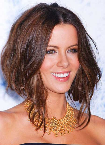 Trendy Short Haircuts for Women-4