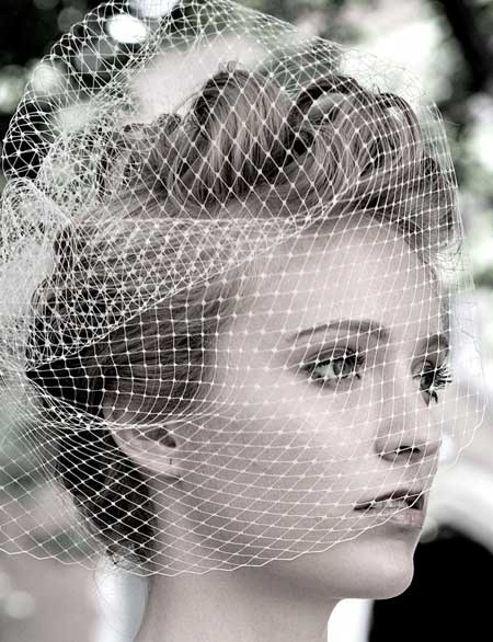 Bridal accessories for short hair