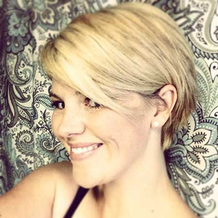 Awesome Bubbly Short Haircut