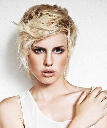 Beautiful Trendy Short Haircuts-10