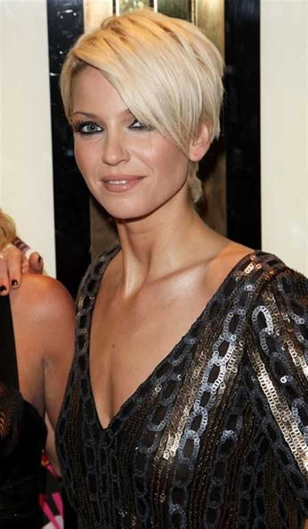 Beautiful Trendy Short Haircuts-22