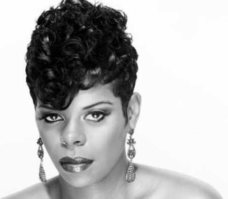 Best Short Hairstyles for Black Women-13