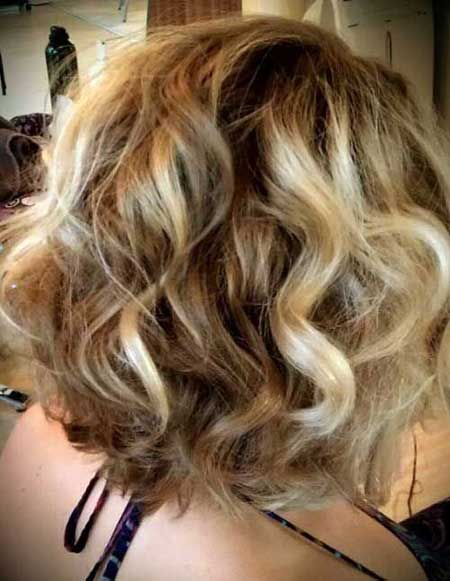 Bob haircuts for wavy hair 2013