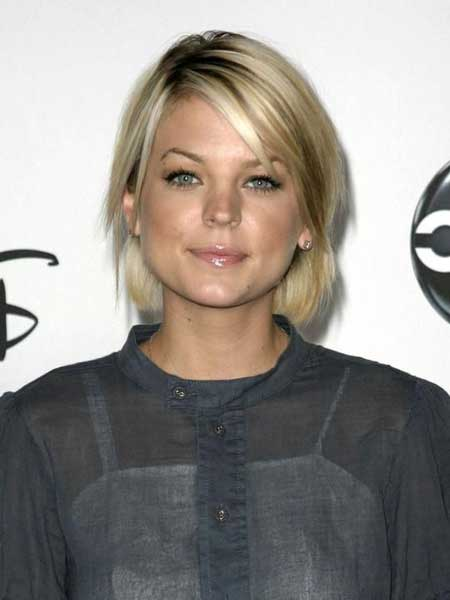 Kirsten Storms new short haircut