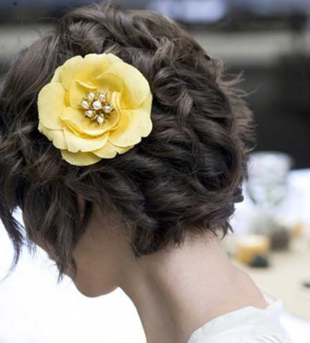 Lovely Short Bride Hair